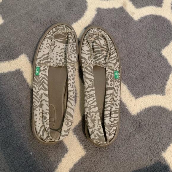 Sanuk Shoes | Leopard S | Poshmark